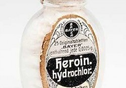 Antique Heroin. Medical uses.